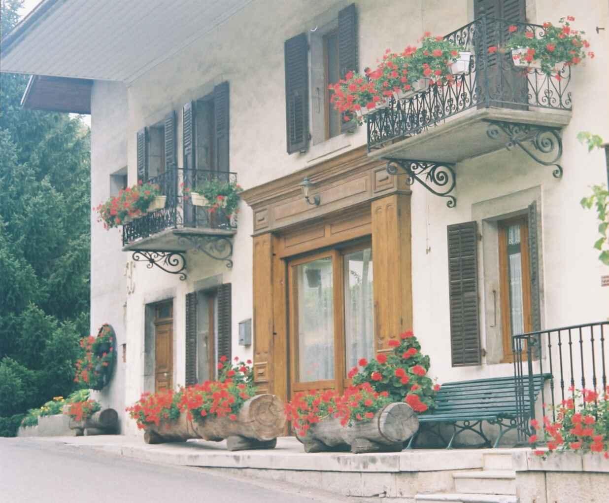 appartement saint ferreol lac d 39 annecy gite la tournette lc1351. Black Bedroom Furniture Sets. Home Design Ideas