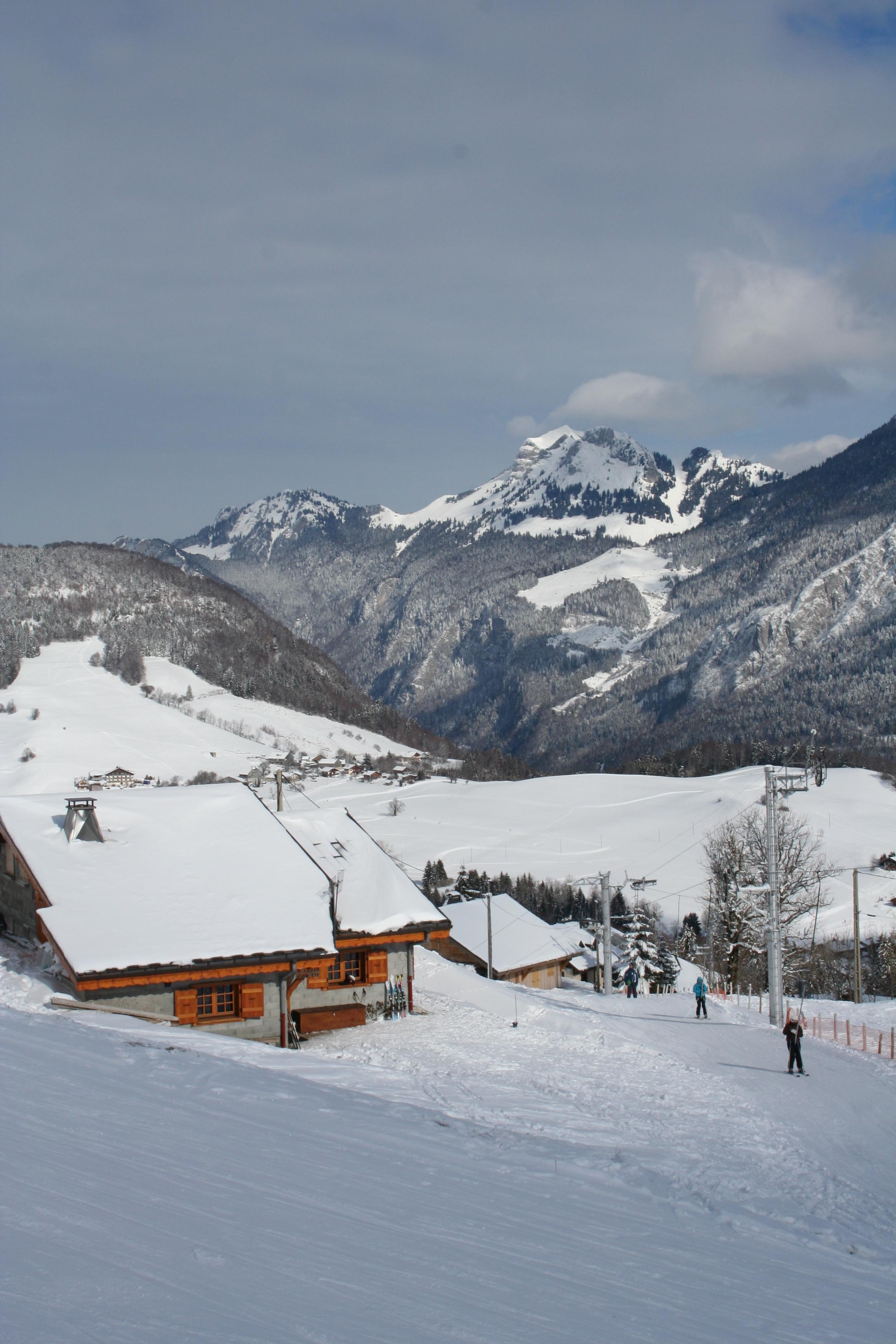 location chalet ski bellevaux hirmentaz
